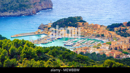 Beautiful view of Port de Soller town, located in a blue lagoon on Mallorca island in Mediterranean sea, Majorca, Spain - Stock Photo