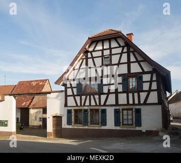 Historical studwork house in Weisenheim am Berg, Rheinland-Pfalz, Germany, Europe - Stock Photo