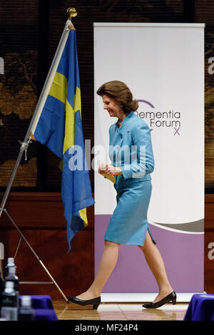 Queen Silvia of Sweden leaves the Dementia Forum X on April 24, 2018, Tokyo, Japan. King Carl XVI Gustaf and Queen Silvia are in Japan from April 22 to 25 to celebrate the 150 years of Diplomatic relations between Sweden and Japan. Credit: Rodrigo Reyes Marin/AFLO/Alamy Live News - Stock Photo