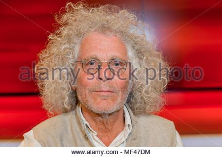 Rainer Langhans, 68er Ikone im Fernsehstudio bei Hart aber fair im Studio Adlershof in Berlin. Portrait des ehemaligen Kommunarden. - Stock Photo