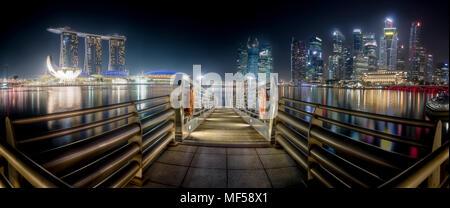 Singapur, skyline at night, mooring area - Stock Photo