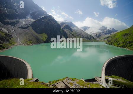 Austria, Kaprun, Mooserboden dam with walls - Stock Photo