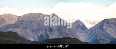 Italy, Piemont, West Alps, View from Colle Basset to Cottian Alps - Stock Photo