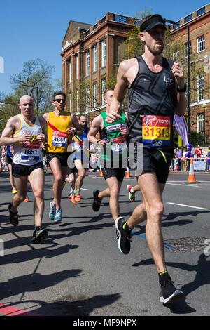 London, UK. 22nd April, 2018. Matthew Stevens competes in the 2018 Virgin Money London Marathon. - Stock Photo