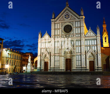 Santa Croce before dawn, Florence, Italy - Stock Photo
