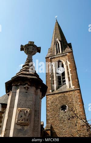 St. Mary`s Church and war memorial, Far Cotton, Northampton, Northamptonshire, England, UK - Stock Photo