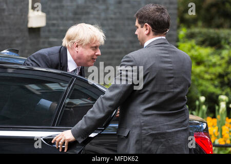 London, UK. 25th April, 2018. Boris Johnson MP, Secretary of State for Foreign and Commonwealth Affairs, arrives at 10 Downing Street for a Brexit Cabinet meeting. Credit: Mark Kerrison/Alamy Live News - Stock Photo