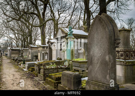 Mausoleum's or family tombs in Père Lachaise cemetery, the largest and most visited cemetery  in Paris - Stock Photo