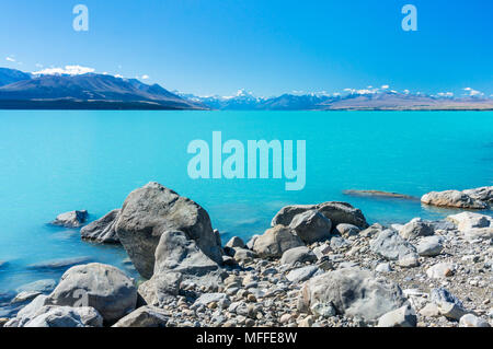 new zealand south island new zealand view of mount cook from the shore of lake pukaki mount cook national park new zealand south island southland - Stock Photo