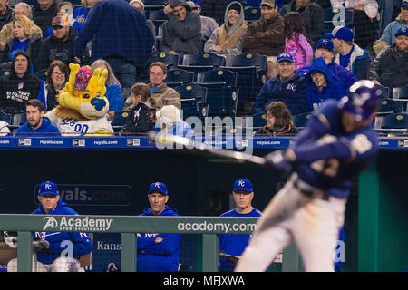 Kansas City, MO, USA. 25th Apr, 2018. Sluggerrr interacts with fans during the game against the Milwaukee Brewers at Kauffman Stadium in Kansas City, MO. Kyle Rivas/Cal Sport Media/Alamy Live News - Stock Photo