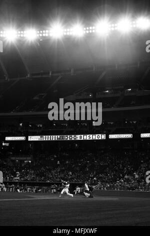 Kansas City, MO, USA. 25th Apr, 2018. Alex Gordon #4 of the Kansas City Royals swings at a Milwaukee Brewers pitch during the game at Kauffman Stadium in Kansas City, MO. Kyle Rivas/Cal Sport Media/Alamy Live News - Stock Photo
