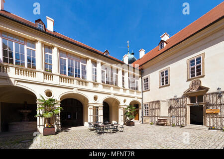 barokní zamek, Mnisek pod Brdy, Stredocesky kraj, Ceska republika / baroque castle Mnisek pod Brdy, Central Bohemian region, Czech republic - Stock Photo