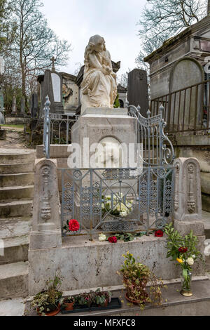 Grave of Frederic Chopin, Pere LachaiseCemetery , the largest and most visited cemetery  in Paris, France - Stock Photo