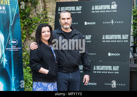 Rome, Italy. 27th Apr, 2018. Joaquin Phoenix and Lynne Ramsay attending the photocall of A Beautiful Day - You Were Never Really Here at Hotel De Russie in Rome. Credit: Silvia Gerbino/Alamy Live News - Stock Photo