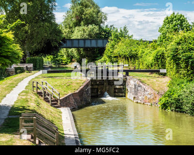 Little Bedwyn Lock on the Kennet and Avon Canal in Wiltshire. - Stock Photo