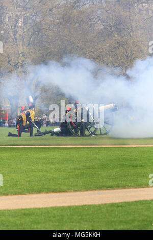The Household Cavalry, celebrating the Queen's 92nd birthday, with a 41 gun salute, in Hyde Park, London, UK - Stock Photo