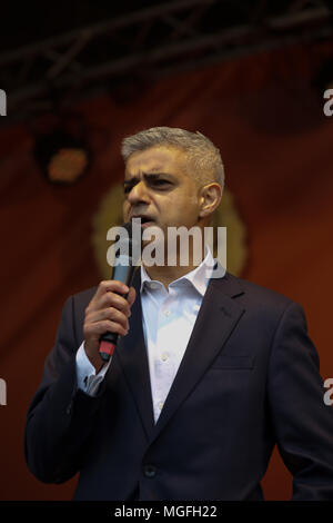 London,UK,28th April 2018,The Mayor of London, Sadiq Khan celebrates Vaisakhi in Trafalgar Square London. Vaisakhi festival is a celebration of Sikh and Punjabi tradition, heritage and culture, commemorating the birth of the Khalsa (the inner core of the Sikh faith) over 300 years ago. There are free live music performances on stage along with traditional food stalls and a army led obstacle course.Credit Keith Larby/Alamy Live News - Stock Photo