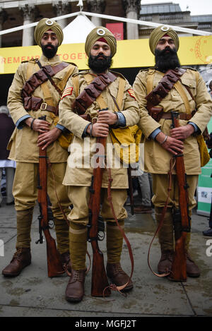 London, UK.  28 April 2018.  Volunteers from the National Army Museum in historic uniforms dressed as the 15th Sikh Ludhiana Regiment from World War 1 during the festival of Vaisakhi in Trafalgar Square, hosted by the Mayor of London.  For Sikhs and Punjabis, the festival celebrates the spring harvest and commemorates the founding of the Khalsa community over 300 years ago.  Credit: Stephen Chung / Alamy Live News - Stock Photo