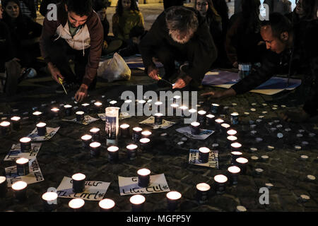 Jerusalem, Israel. 28th April, 2018. Mourners gather for an emotional candlelight vigil to remember the 10 young victims of a flash flood in the Arava Desert Tzafit River Thursday, 26th April, 2018. Among the victims partaking in a pre-military educational program hiking trip in the popular Tzafit River canyon trail were Yael Sadan, 19, and Maayan Barhum, 18, from Jerusalem. Credit: Nir Alon/Alamy Live News - Stock Photo