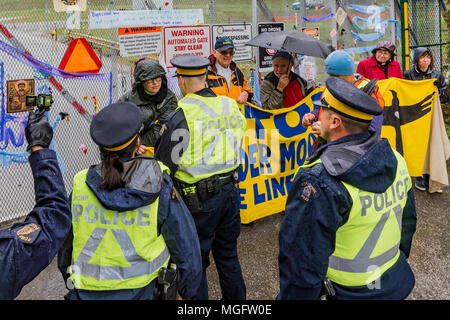 British Columbia, Canada. 28 April 2018. People of Faith, Christians, Moslems, Buddhists and Jews  join together with local Tsleil-Waututh First Nation to  block Kinder Morgan entrance, Burnaby Mountain, British Columbia, Canada. - Stock Photo