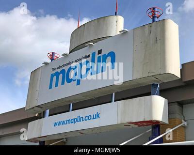 Maplins Warrington Store Closing - Stock Photo