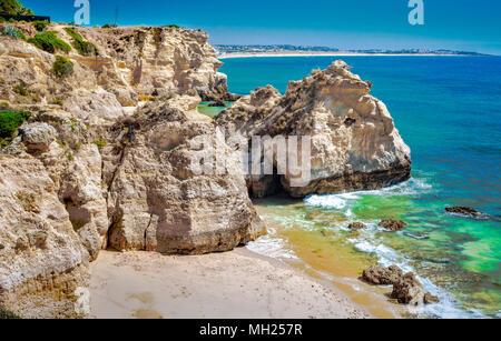 Portugal - Algarve - Klippen der Praia dos Beijinhos - Stock Photo