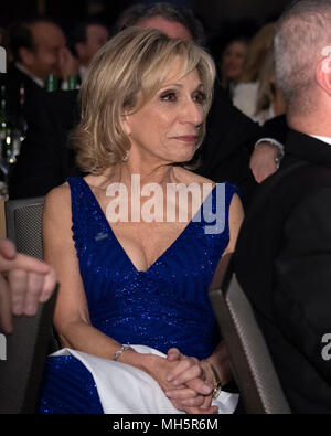Washington, USA. 28th Apr, 2018. NBC News Chief Foreign Affairs Correspondent Andrea Mitchell attends the 2018 White House Correspondents Association Annual Dinner at the Washington Hilton Hotel on Saturday, April 28, 2018. Credit: Ron Sachs/CNP (RESTRICTION: NO New York or New Jersey Newspapers or newspapers within a 75 mile radius of New York City) - NO WIRE SERVICE - Credit: Ron Sachs/Consolidated/dpa/Alamy Live News - Stock Photo