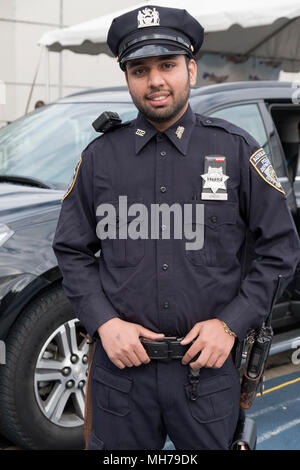 A Sikh Auxiliary policeman at the Vaisakhi 5k run in VIctory Field, Woodhaven, Queens, New York. - Stock Photo