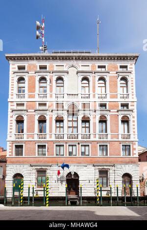 The canal facade of the Regional Veneto Command of the Finance Police (Guardia di Finanza), Venice, Italy on Rio San Polo, San Polo - Stock Photo