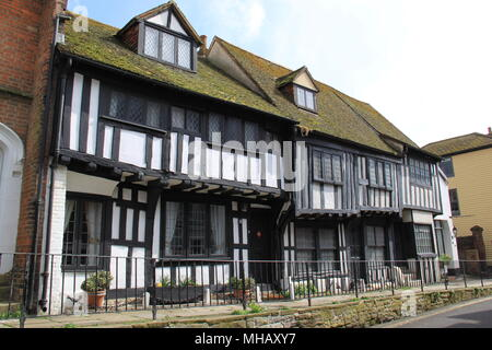 Elizabethan timber framed houses in All Saints Street, Hastings Old Town, Hastings, Sussex, England, UK, PETER GRANT - Stock Photo