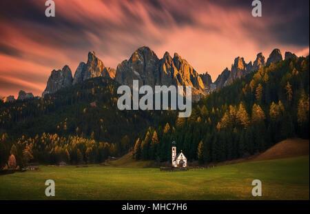 St Johann Church, Santa Maddalena, Val Di Funes, Dolomites, Italy Stock Photo