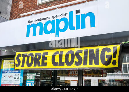 Maplin store closing down in Southampton High Street, after the electrical chain went into administration - Stock Photo