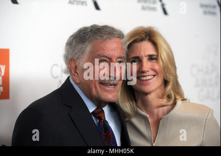 NEW YORK, NY - APRIL 30: Tony Bennett, Susan Crow  attends the 45th Chaplin Award Gala honoring Helen Mirren at Alice Tully Hall on April 30, 2018 in New York City.   People:  Tony Bennett, Susan Crow - Stock Photo