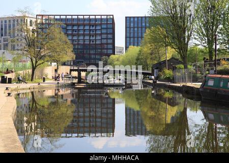 Somers Town Bridge over Regents Canal, at Kings Cross, in London, UK - Stock Photo