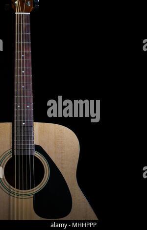 Acoustic guitar with metal strings