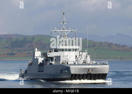 KNM Otra (M351), an Alta-class minesweeper operated by the Royal Norwegian Navy, passing Greenock on arrival for Exercise Joint Warrior 18-1. - Stock Photo