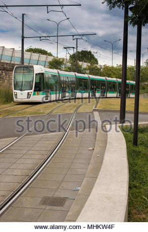 Paris france 30 may 2017 canadian eugenie bouchard is in action stock photo 143231462 alamy - Station service porte de pantin ...