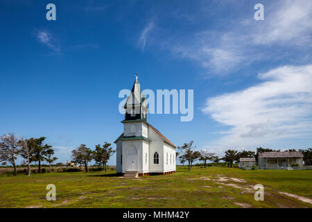 NC01586-00...NORTH CAROLINA - Methodist church in the historic town of Portsmouth, Cape Lookout National Seashore. - Stock Photo