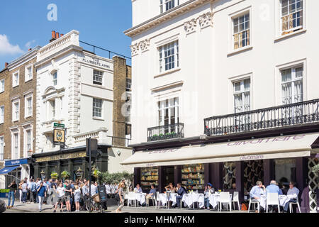 The Plumber's Arms and Olivomare Restaurant, Lower Belgrave Street, Belgravia, City of Westminster, Greater London, England, United Kingdom - Stock Photo