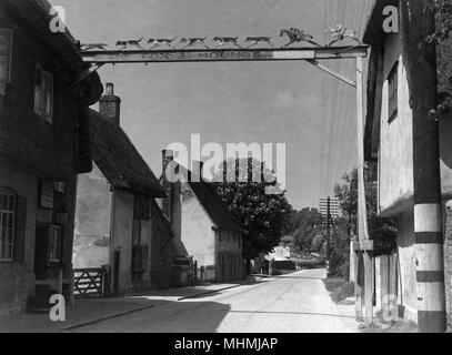 The Fox and Hounds at Barley, Hertfordshire.      Date: 1947 - Stock Photo