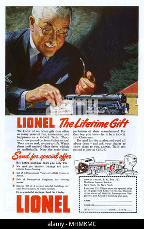 Advertisement for Lionel model train sets featuring a pipe- smoking man leaving a toy locomotive for his grandson for Christmas      Date: circa 1950 - Stock Photo