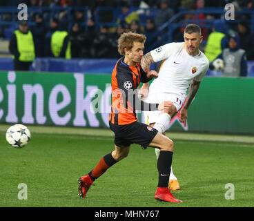 KHARKIV, UKRAINE - FEBRUARY 21, 2018: Bohdan Butko of Shakhtar Donetsk (L) fights for a ball with Aleksandar Kolarov of AS Roma during their UEFA Cham - Stock Photo