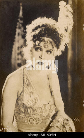 American flapper pinup in costume (possibly Clara Bow).      Date: circa 1920 - Stock Photo