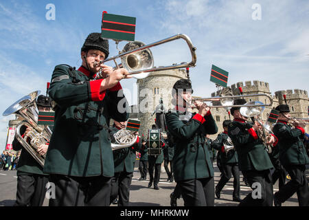 Windsor, UK. 3rd May, 2018. The Changing of the Guard ceremony by the Rifles accompanied by the band and bugles of the Rifles. Credit: Mark Kerrison/Alamy Live News - Stock Photo