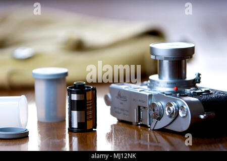 Leica M3 film camera with 5cm Elmar collapsable lens. - Stock Photo