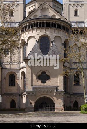 Brauweiler bei Pulheim, Abteikirche St. Nikolaus, Chorapsis von Osten - Stock Photo