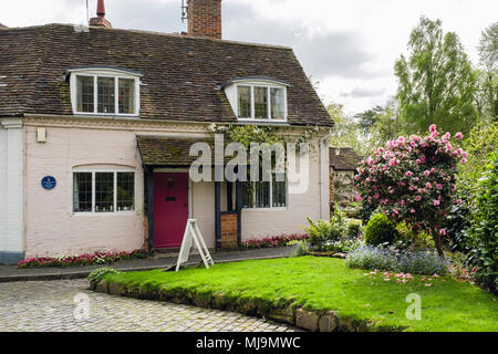 Old English Cottage Garden At 1 Mill St Viewed From The