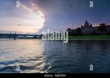 Germany, Saxony, Dresden, Elbe river, Staatskanzlei, - Stock Photo