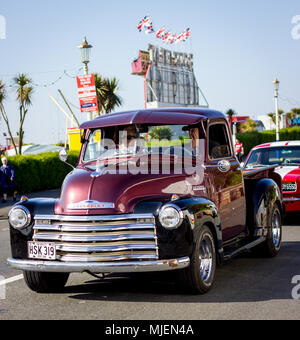 Eastbourne, East Sussex, UK. 5th May 2018. An amazing selection of over 500 cars, buses motor cycles and other modern and classic vehicles are paraded on the Western Lawns of this beautiful seaside town in brilliant Spring Sunshine. The Magnificent Motors annual event is one of the largest free motor events in the South of England. - Stock Photo