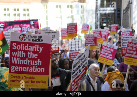 London, UK. 5th May, 2018. Solidarity with Windrush Credit: Alex Cavendish/Alamy Live News - Stock Photo